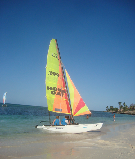 Holguin_SailBoat